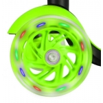 ISO 9392 tříkolová koloběžka svítící zelená 3v1